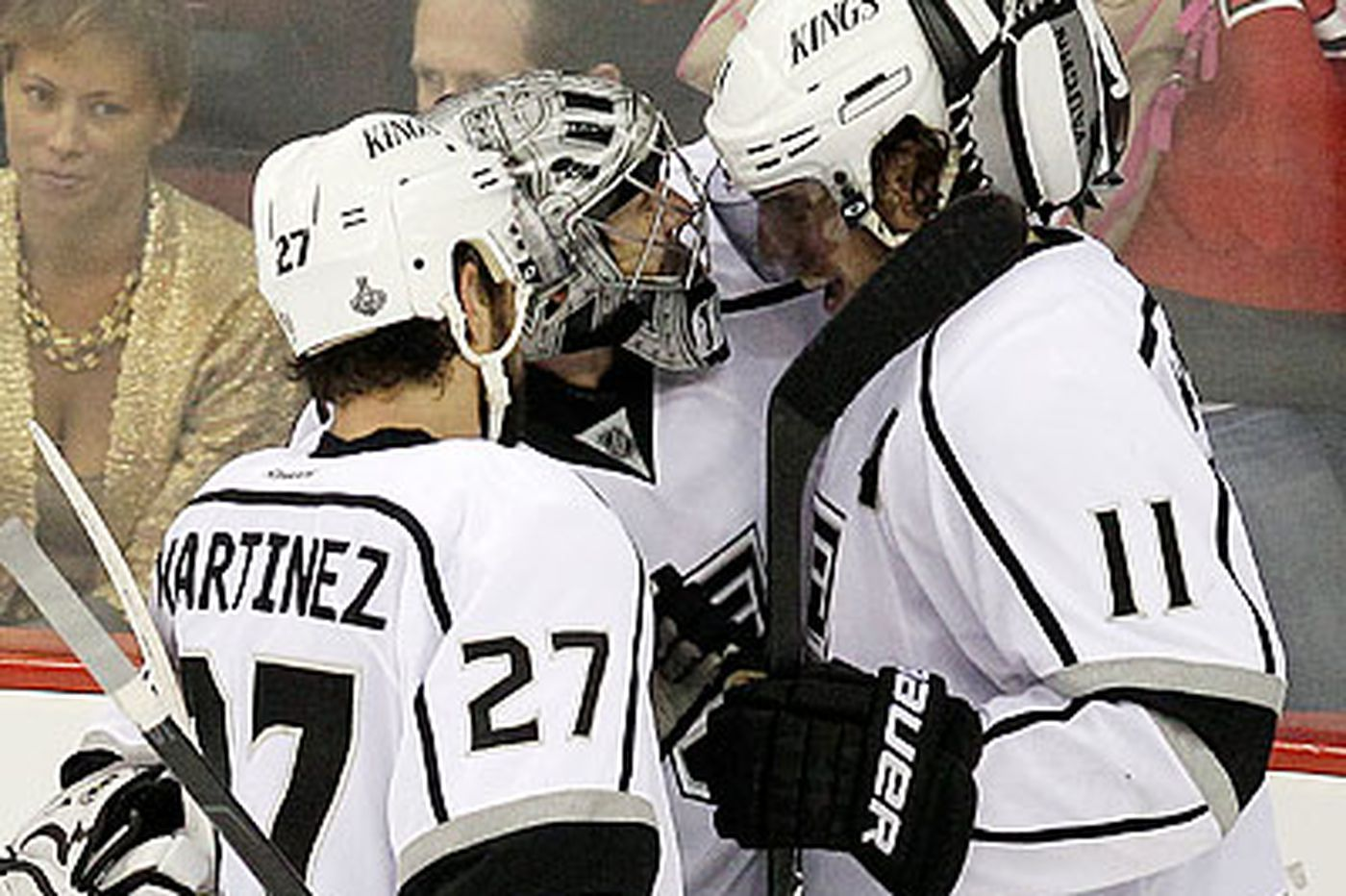 Frank Seravalli: Los Angeles plays role of Kings of the road in Stanley Cup Playoffs