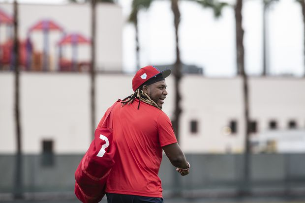 Maikel Franco's red shoes could be filled by Manny Machado or Scott Kingery, is he still happy with the Phillies? | Bob Brookover
