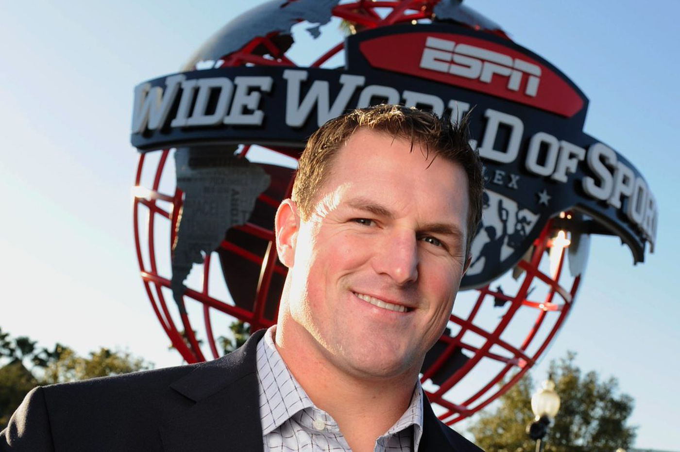 ESPN's Jason Witten defends Cris Collinsworth, talks Tony Romo and is ready for Eagles fans