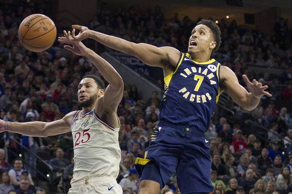 Simmons' three late steals spark the Sixers to a 119-116 win over the Pacers