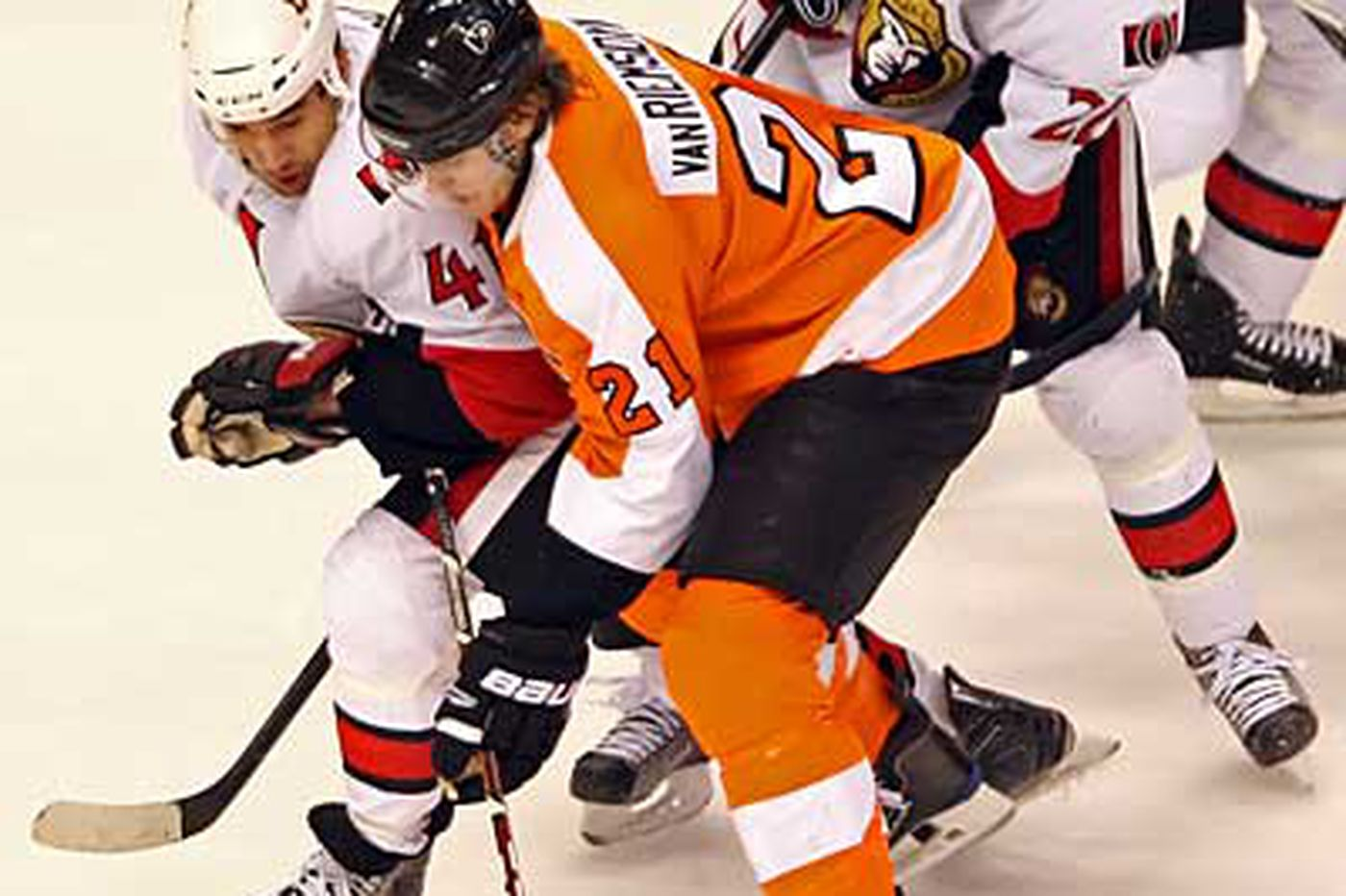 Flyers Notes: Homecoming for Flyers' van Riemsdyk
