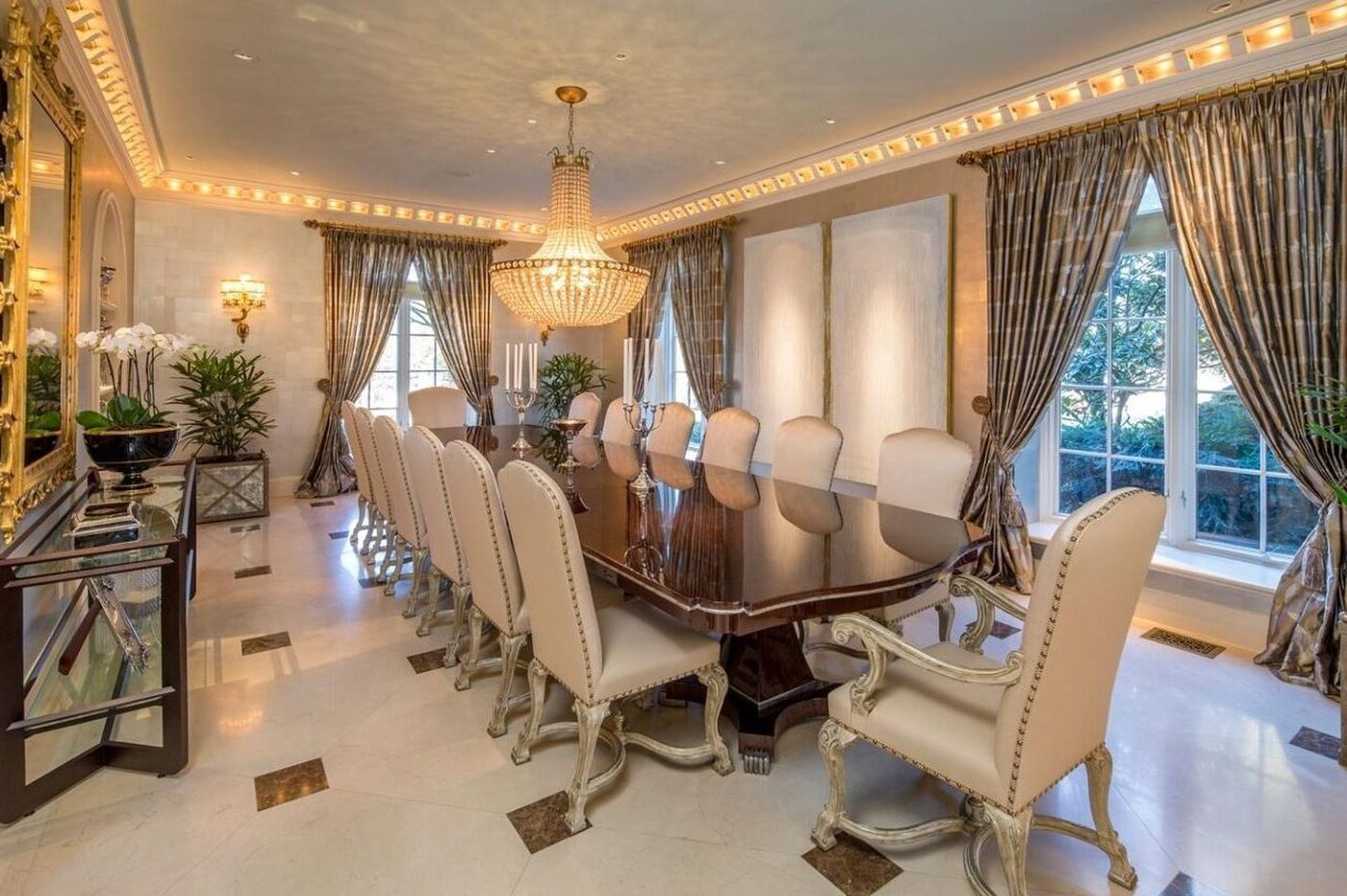 Three Philly area dining rooms fit for a Thanksgiving feast