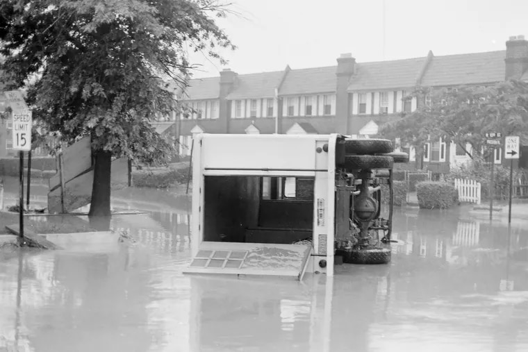 A new police rescue vehicle is stranded in floodwaters in Chester's Eyre Park development. The 1971 floods killed 10 people in the city and displaced 450 households.