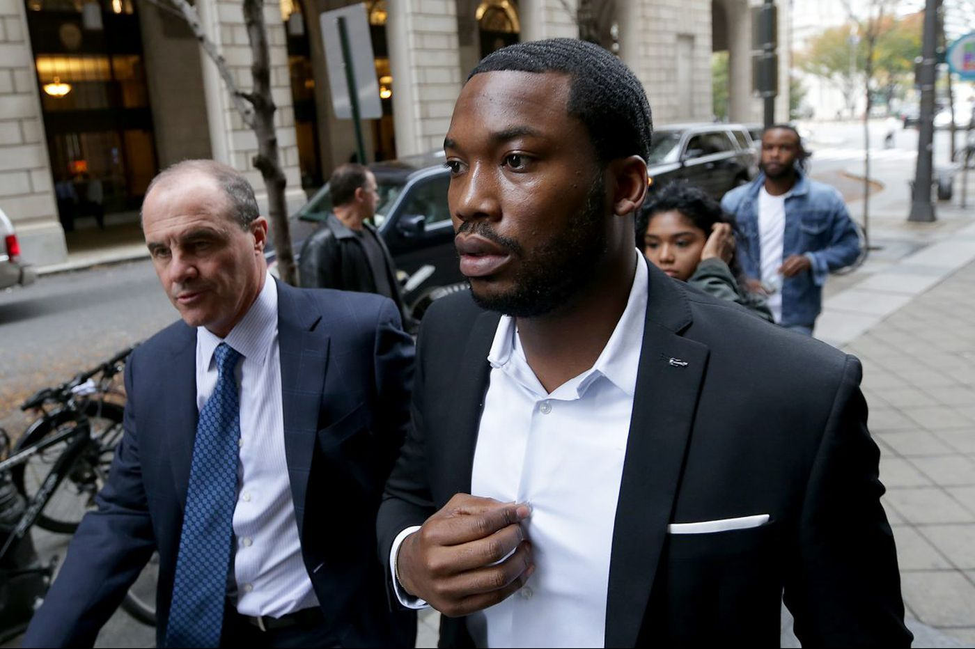 Kevin Hart, Jay-Z, other celebs respond to Meek Mill's prison sentence