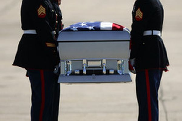 A sad homecoming for fallen Marine