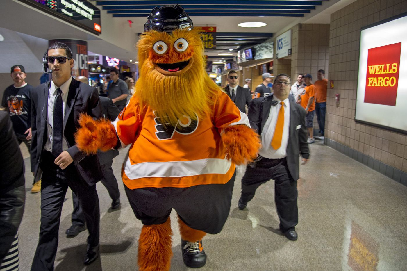 Resolution honoring Gritty passed by Philadelphia City Council