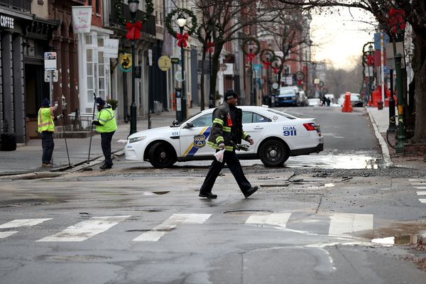 Water main break floods basements, closes streets in Old City