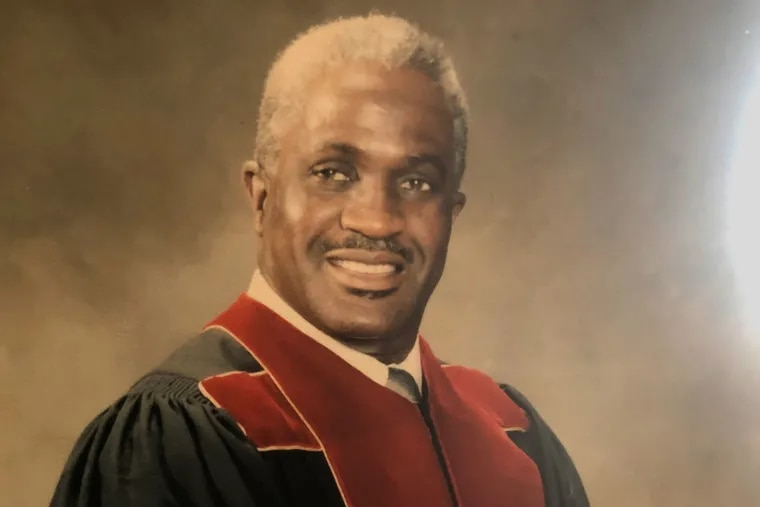 Rev. Alexander Benjamin, Sr., a retired pastor of Shiloh Baptist Church in Penns Grove, N.J.,  died Tuesday, Nov. 24, 2020 at his Pine Hill, N.J. home. He was 81.