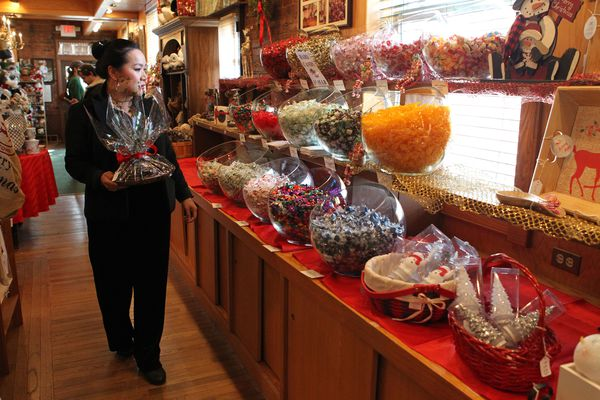 From caramels in a car to South Jersey mainstay: A beloved candy shop is turning 100