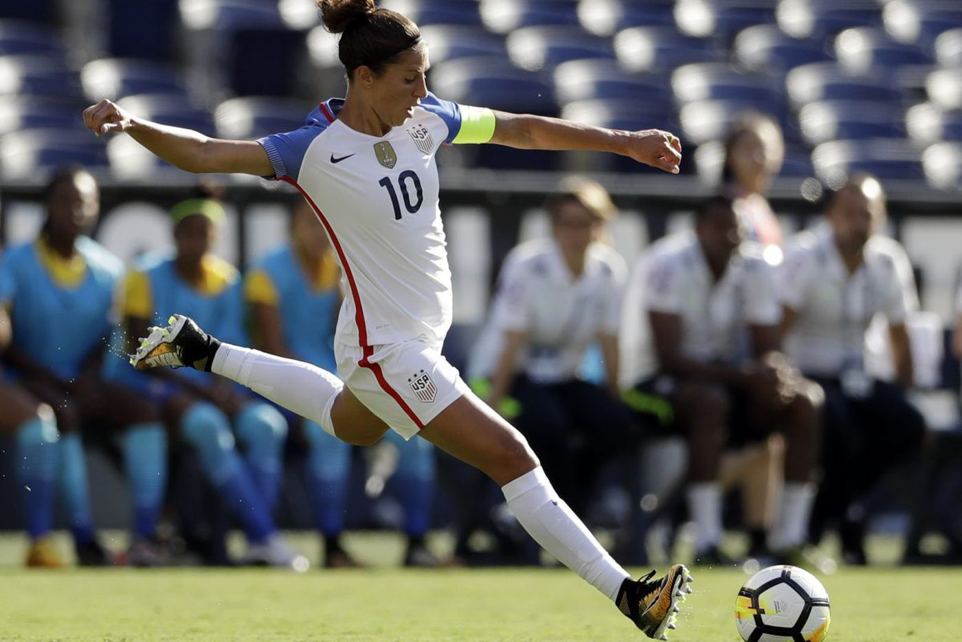 Carli Lloyd suffers left ankle injury playing for Houston Dash