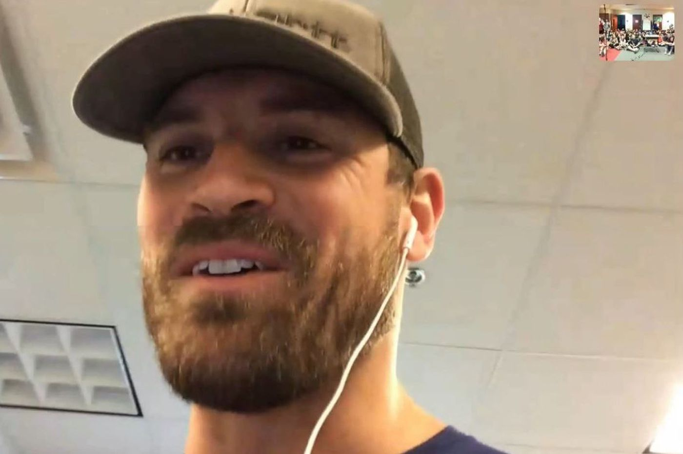 While he wasn't visiting the White House, Eagle Chris Long video-chatted with N.J. 7th graders