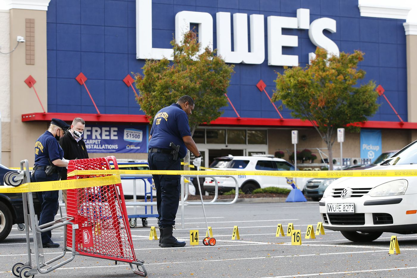 Man killed in shooting in South Philly Lowe's parking lot