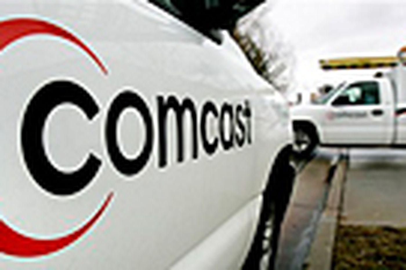 Comcast cuts cost of entry-level cable package 25 percent