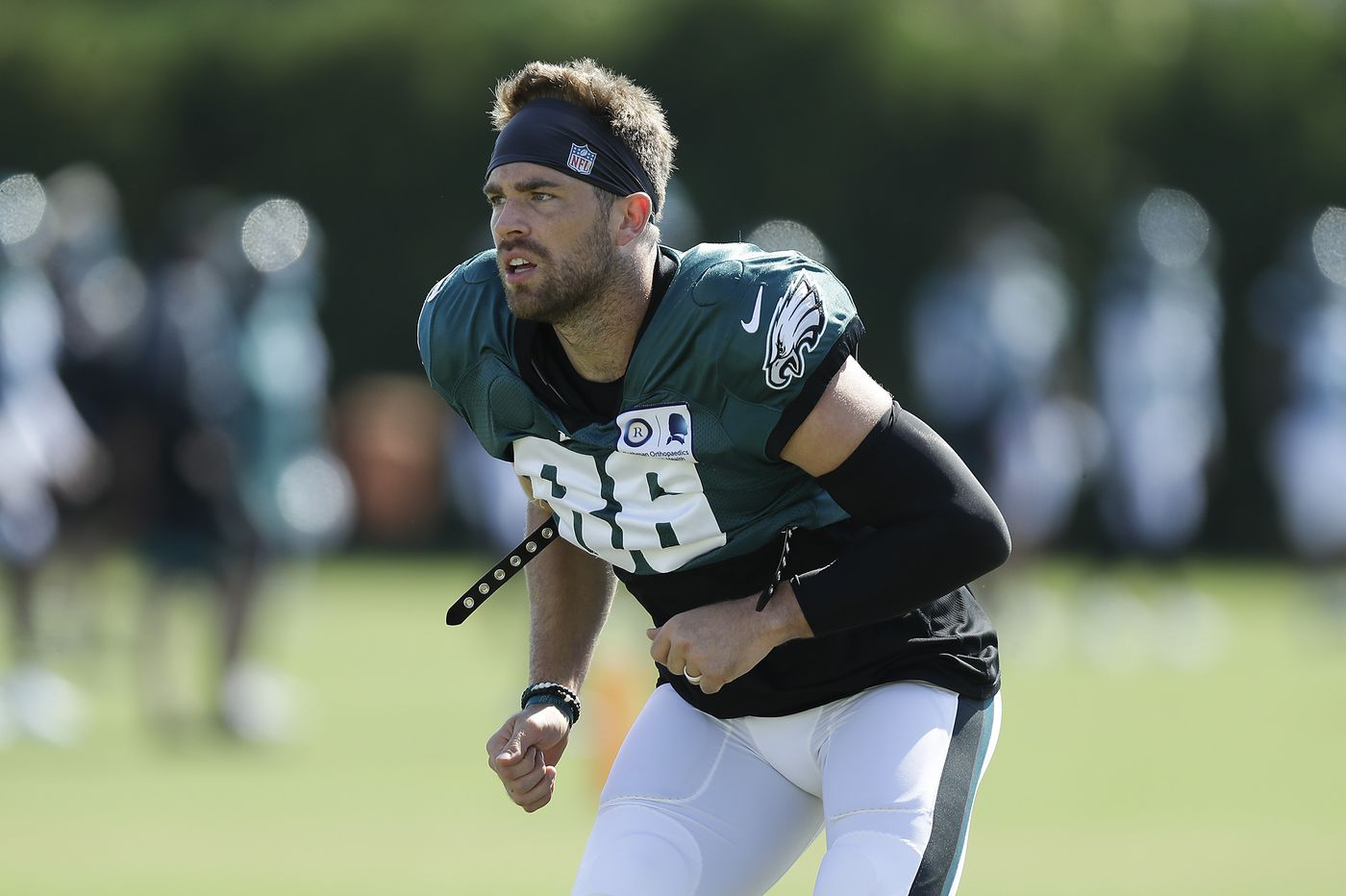 What's the holdup with Zach Ertz's contract extension, and what does it have to do with Dallas Goedert?   Jeff McLane