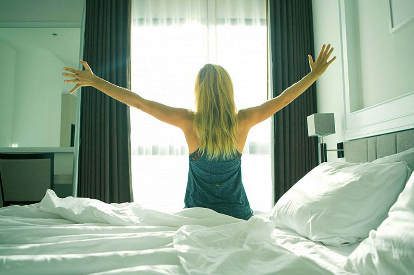 20 Tricks You Can Use to Score a Cheap Hotel Room