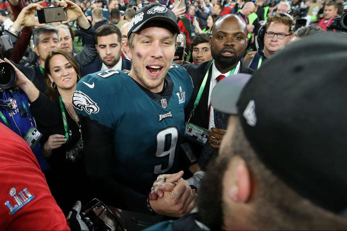 Eagles' Nick Foles: Never asked about trade to Browns, not worried about who starts opener