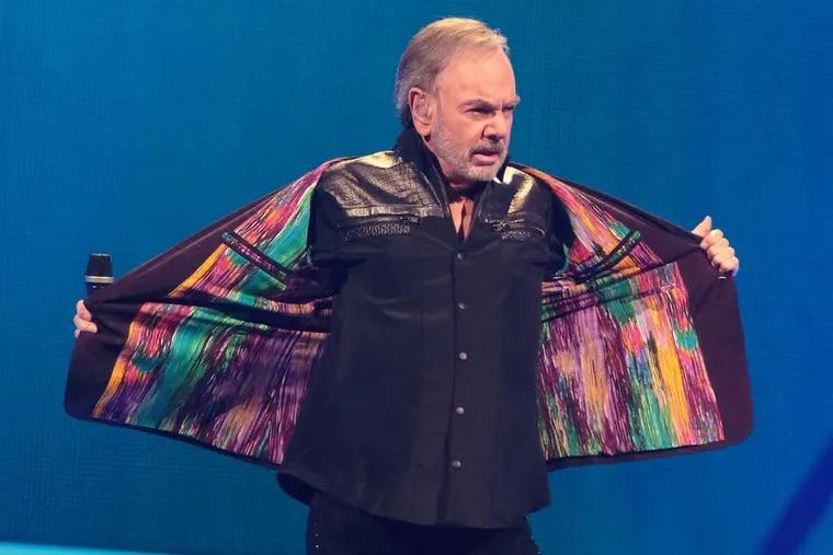Singer-songwriterNeil Diamond performing SundayWells Fargo Center.