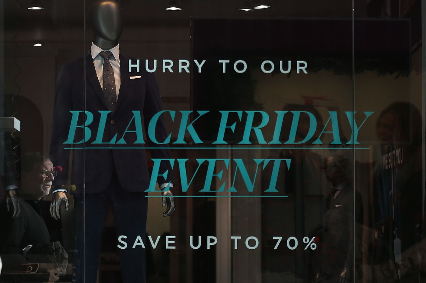 Beware of deceptive discounts on Black Friday