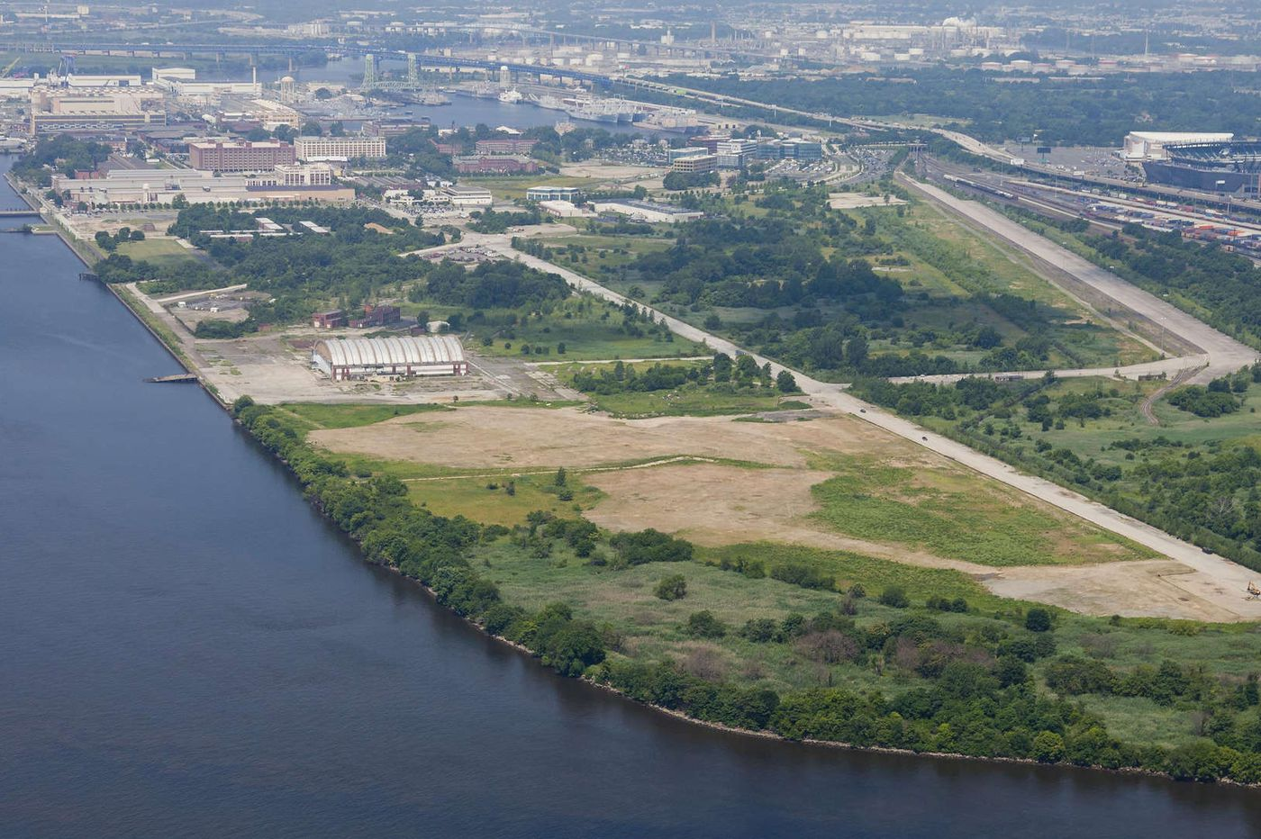 Gov. Wolf pledges $300 million to revitalize the Philadelphia port, add cranes and warehouses for cargoes and autos