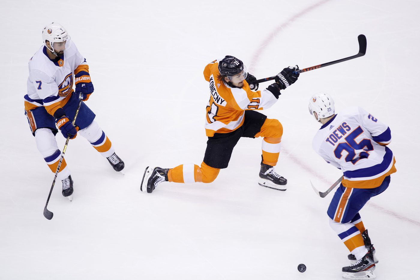 Observations from Flyers 4-3 overtime win over the Islanders