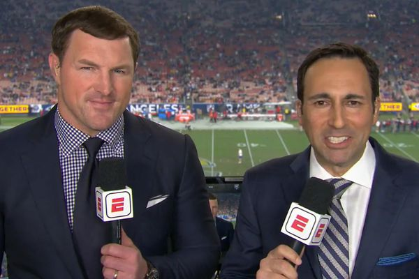 Jason Witten mocked by critics during ESPN's up-and-down Chiefs-Rams broadcast