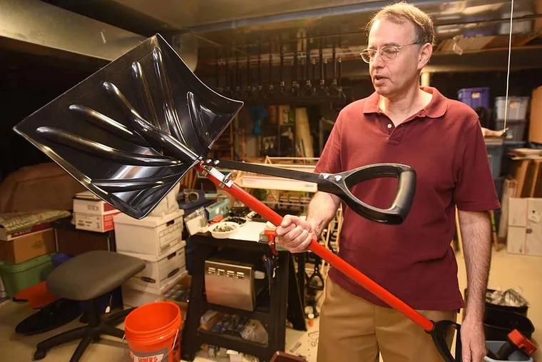 Howie Rosenshine is a finalist in Stellar StartUps with his ergonomic shovel-handle attachment, Shovelution.