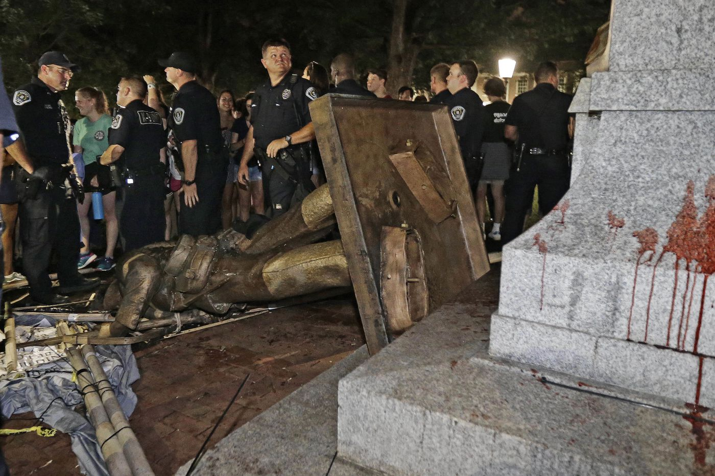 Uproar over UNC proposal for building for Confederate statue