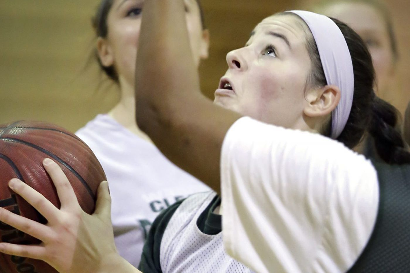 Clearview's Elaina Hansen is all the way back to hoops form