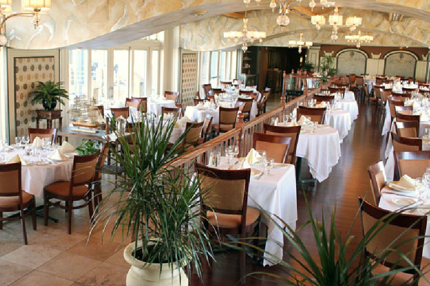 La Veranda closes after nearly 30 years on Penn's Landing