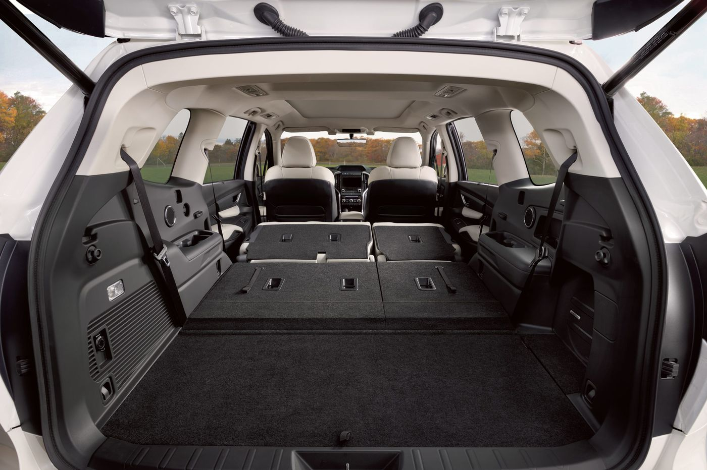 Roomy three-row SUVs appeal to 'child-raising generation'