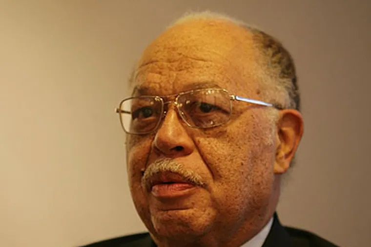 State and city officials dropped the ball by allowing an abortion doctor, Dr. Kermit Gosnell, to repeatedly ignore the law.  (Yong Kim / Staff Photographer)