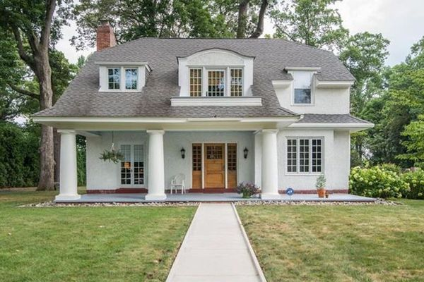 On the market: A Craftsman Colonial brought back to life in Bridgeton