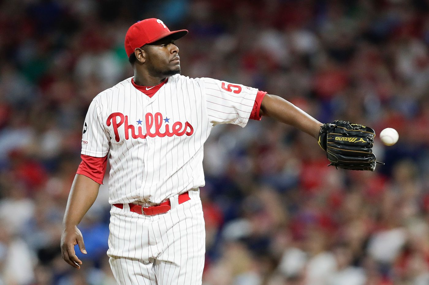 Before Bryce Harper's big moment, Phillies closer Hector Neris continued to struggle | Extra Innings