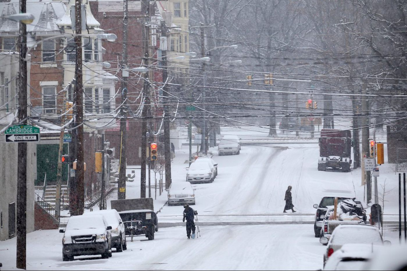 Morning snow caused 'bumper car show' on local roads