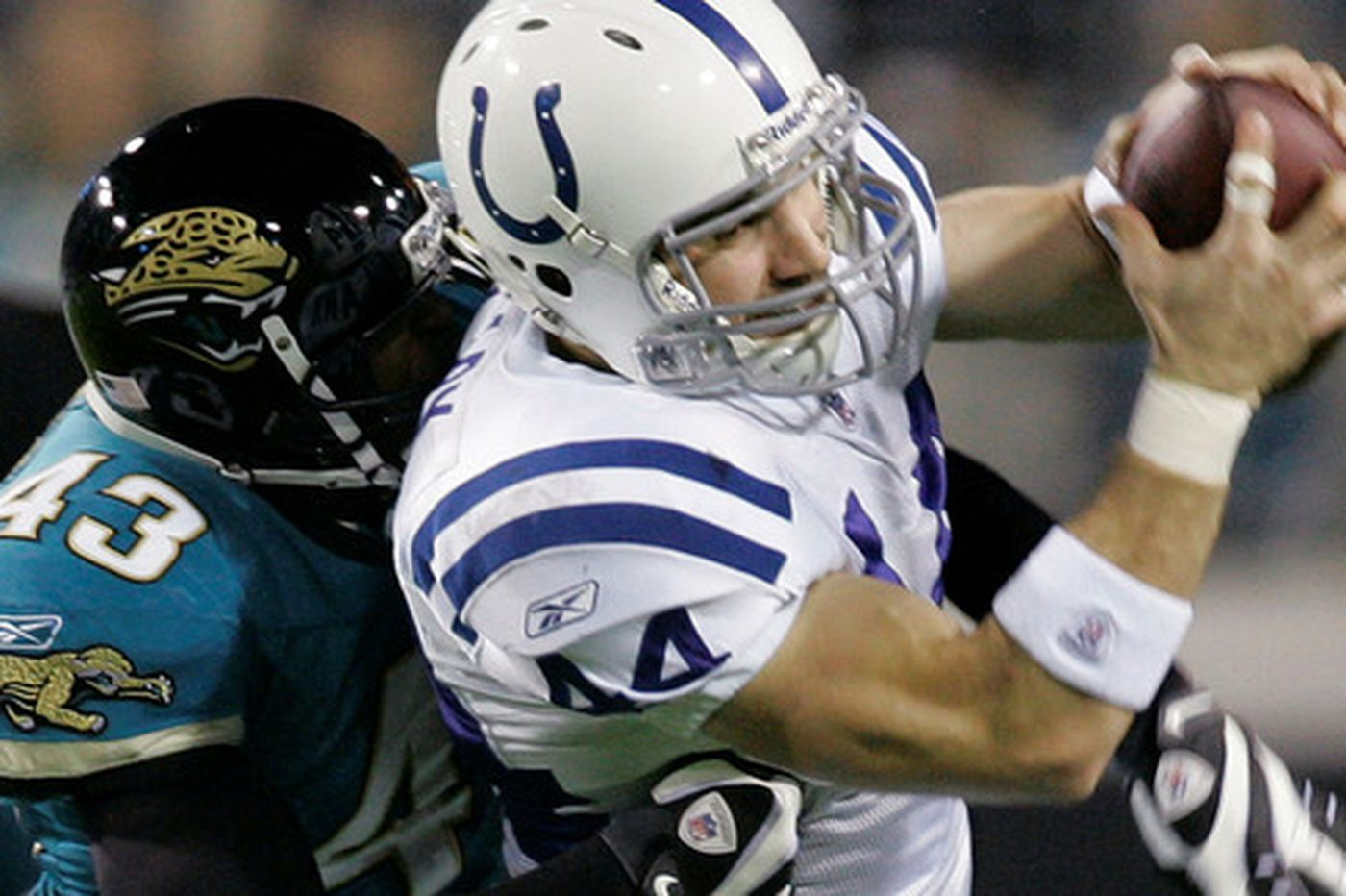 NFL: Colts overcome Jaguars for 8th straight