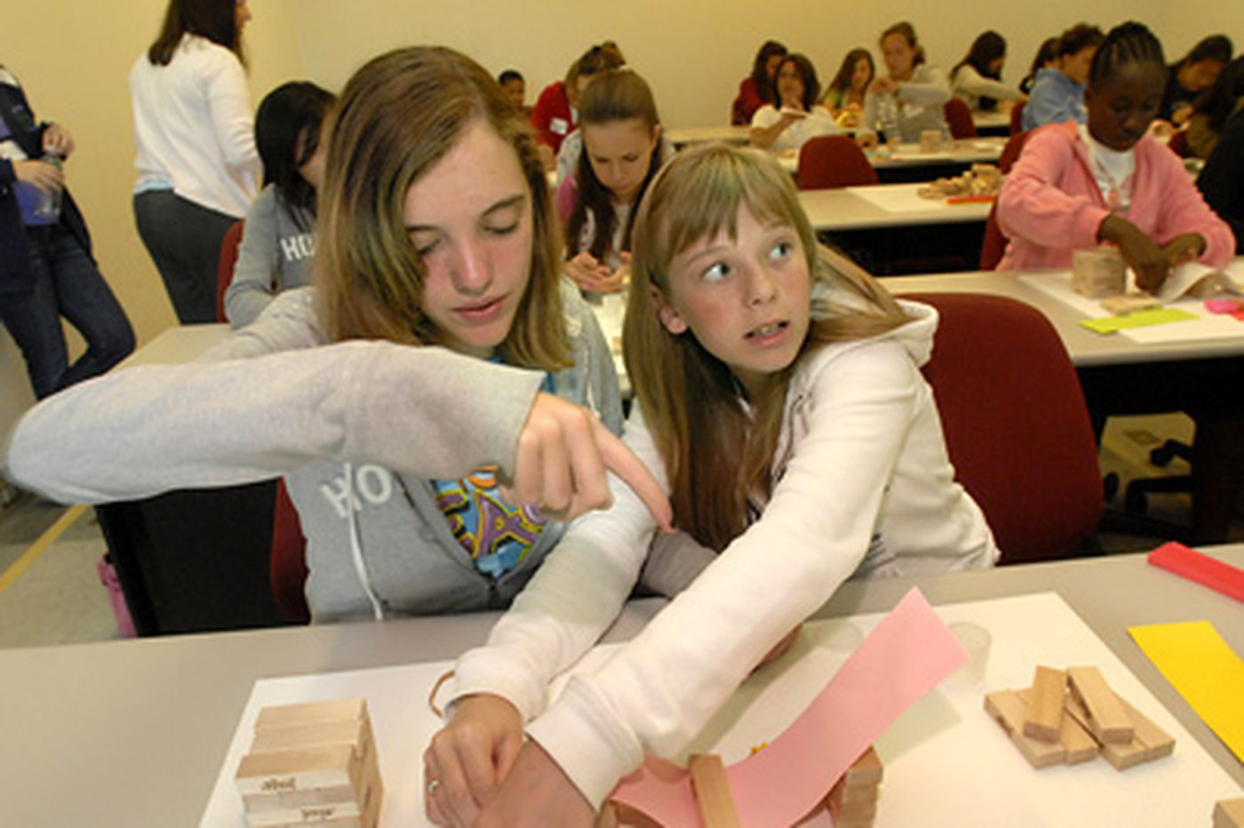 Rowan program aims to groom girls as engineers