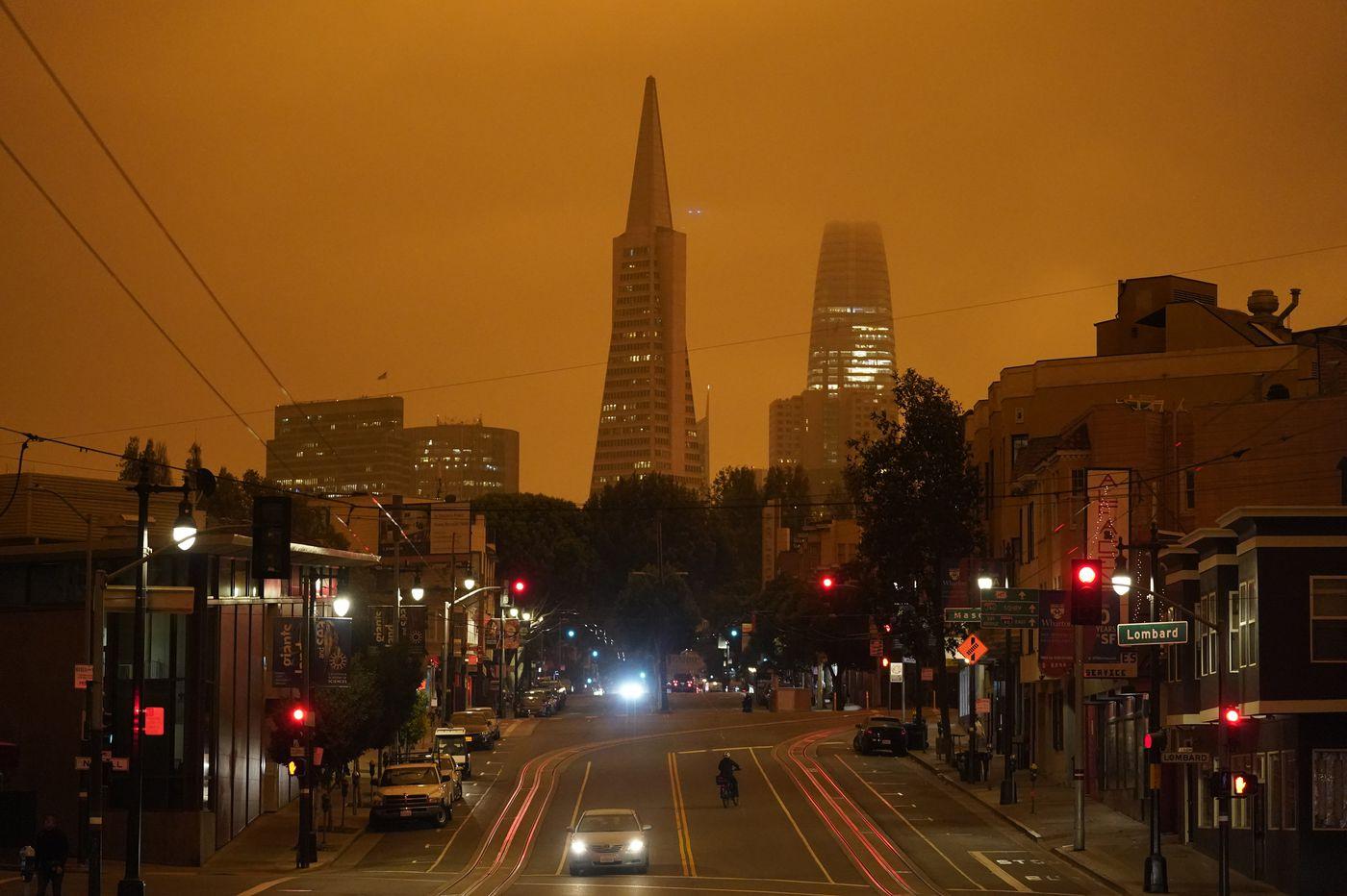 Massive smoke clouds from wildfires darken skies over California, Oregon and Washington