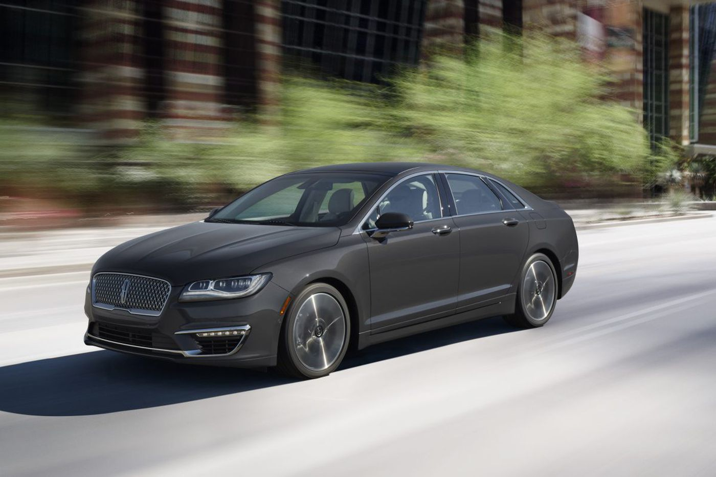 Not just a pretty face, this new Lincoln MKZ