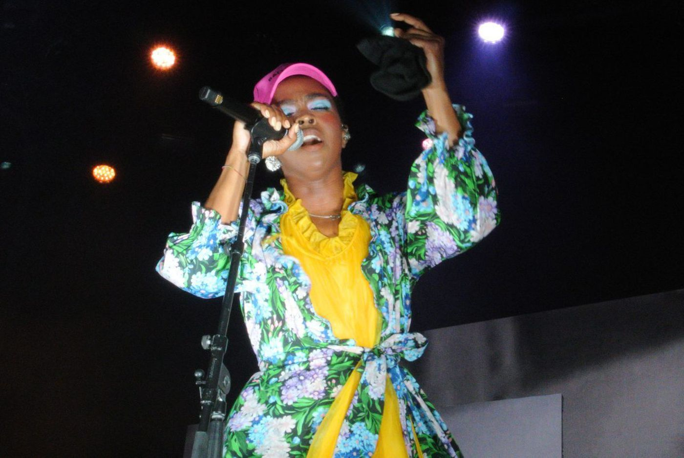 Lauryn Hill celebrates 20th anniversary of debut album with soulful Festival Pier performance