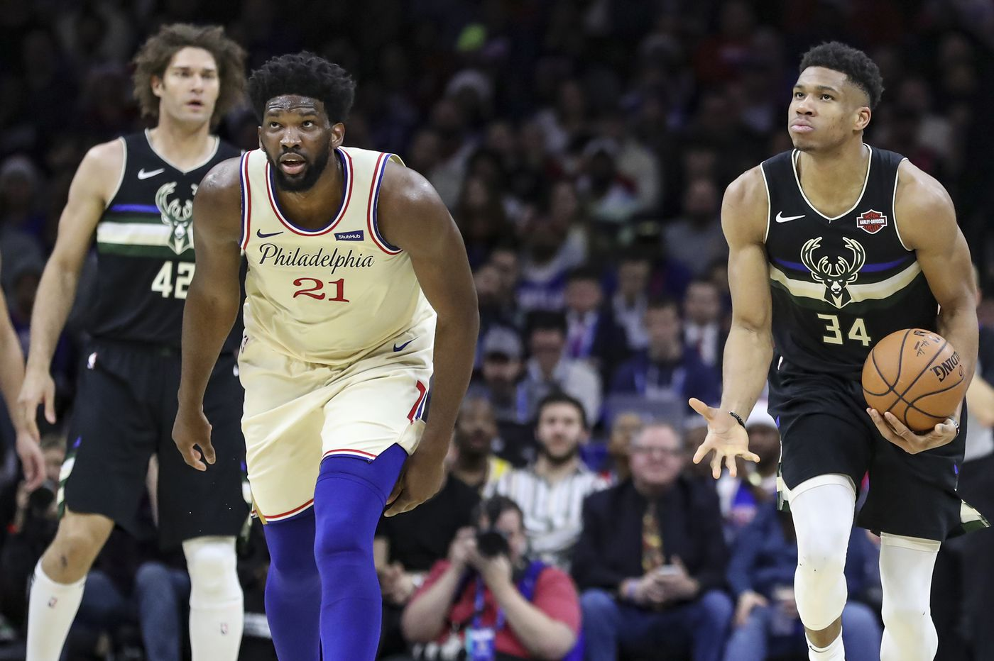 Milwaukee Bucks approach NBA trade deadline with fewest needs among Eastern Conference contenders