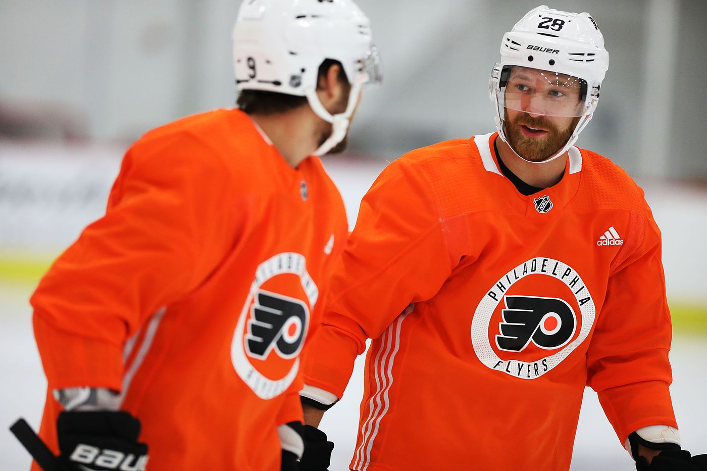For new dad Claude Giroux, more motivation to extend his brilliant Flyers career | Sam Carchidi