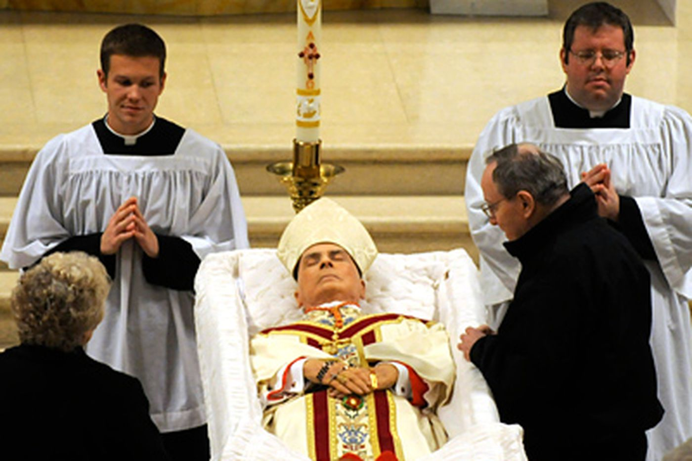 "Hundreds bid farewell to Cardinal Foley, ""the most humble man"""