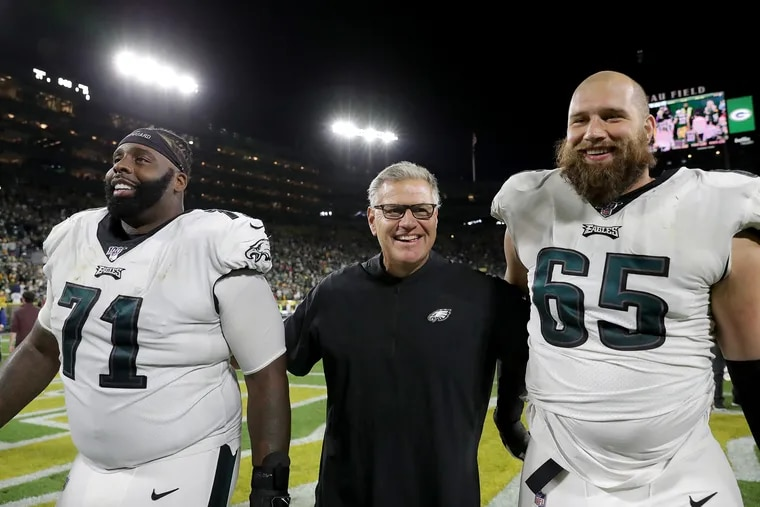 Jason Peters (left) and Lane Johnson (right) were the bookend tackles on the dominant Eagles offensive line that Jeff Stoutland built.