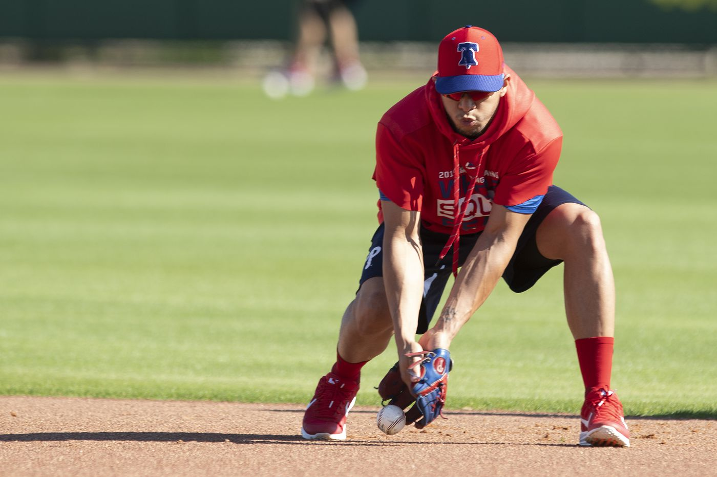 Cesar Hernandez arrives at Phillies spring training with a healed foot