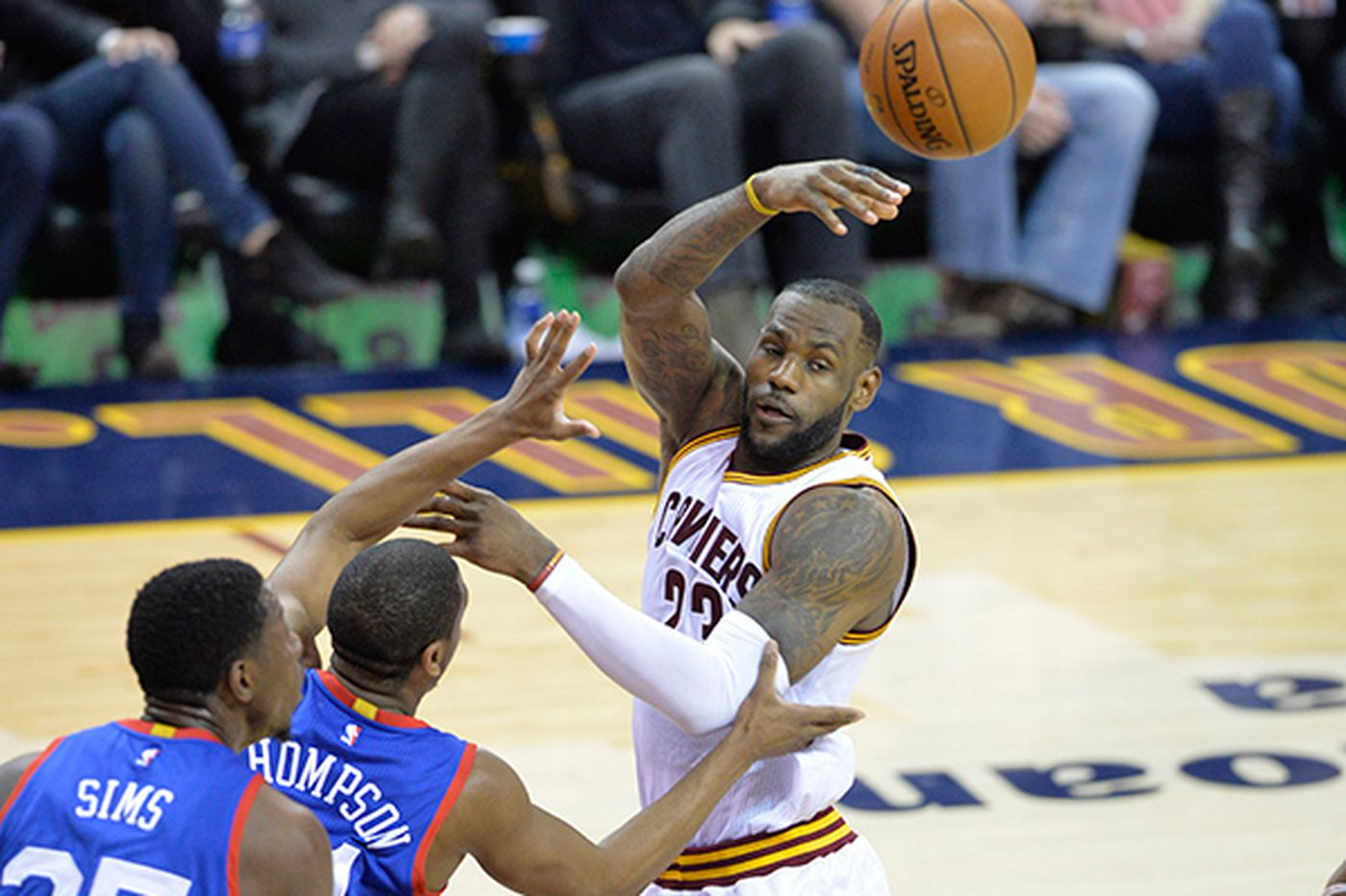 Cavs outlast Sixers; both teams go cold at end