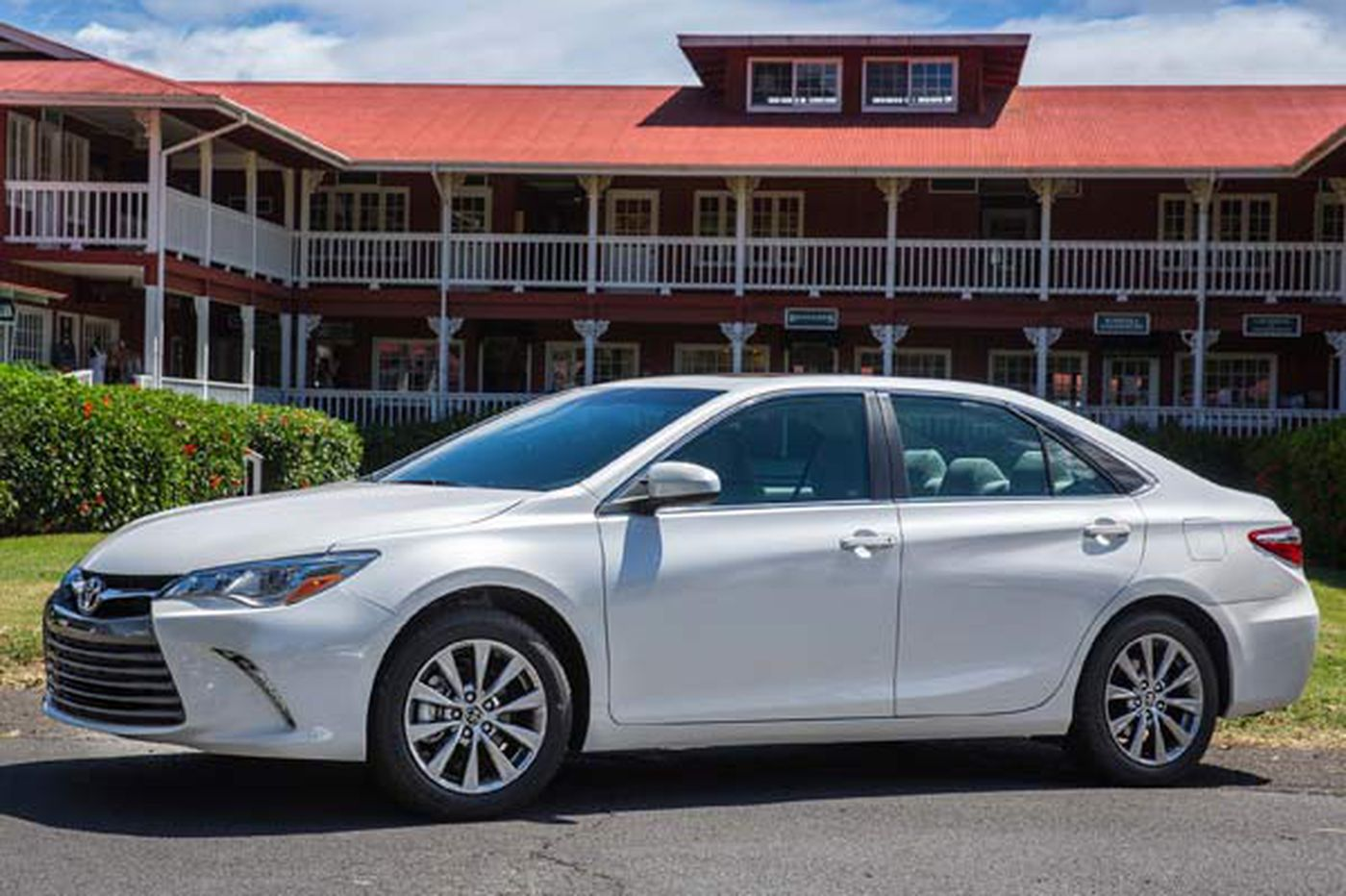 Auto review: Toyota Camry defies reputation