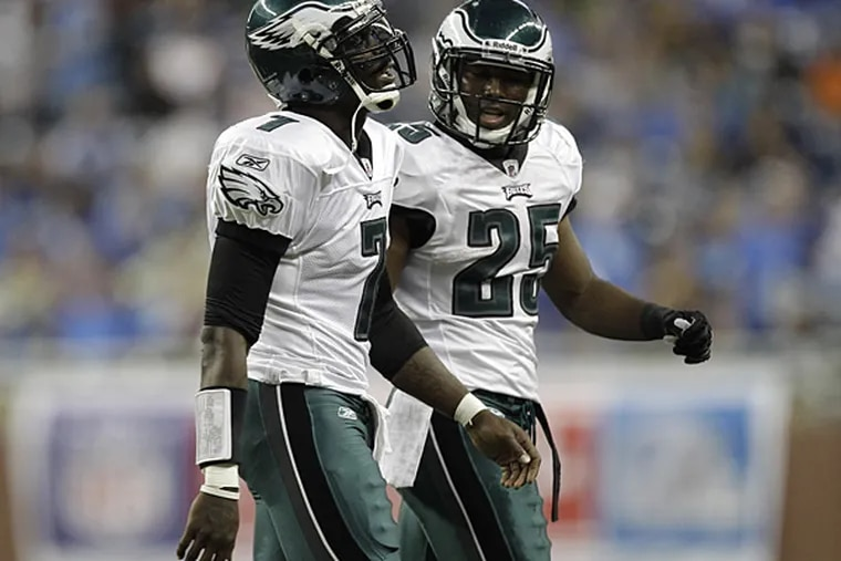 Michael Vick and LeSean McCoy both passed their baseline ImPACT tests and could practice on Tuesday. (Paul Sancya/AP file photo)