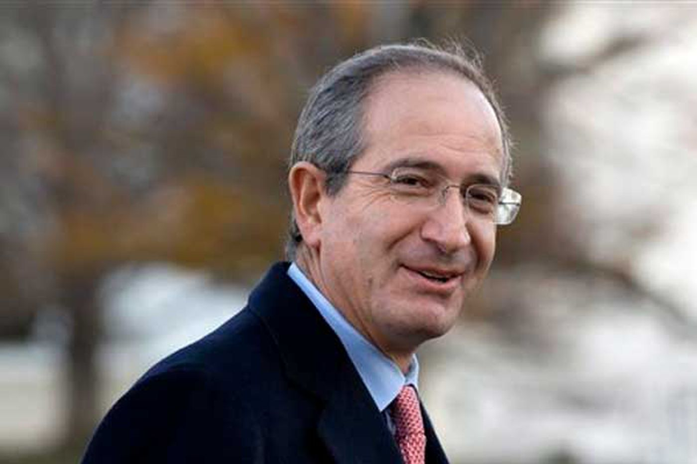 Comcast lists top officers' salaries