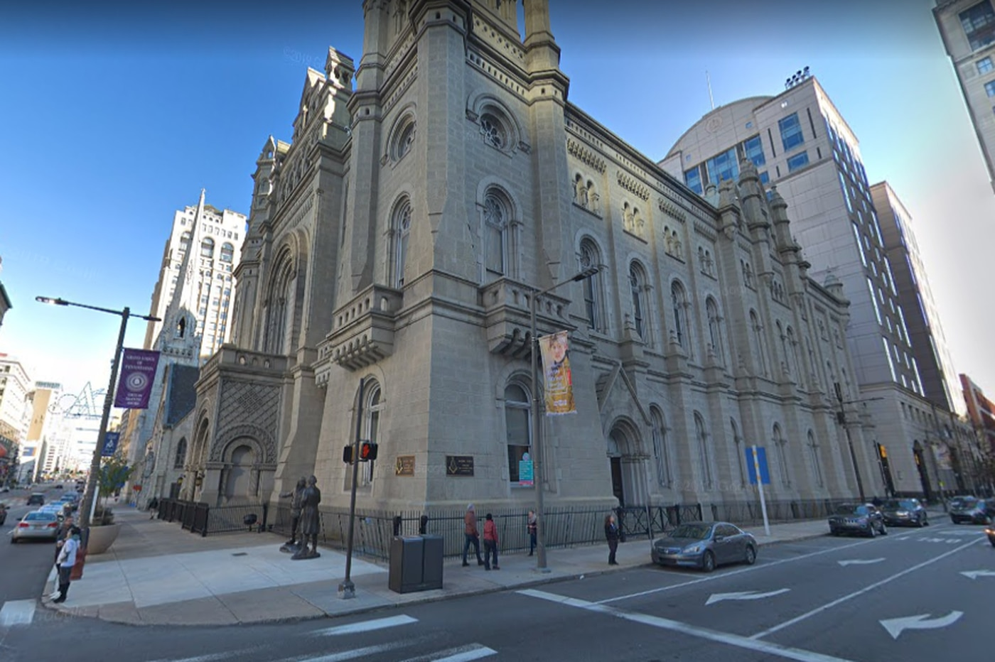 Death of man who fell while climbing Masonic Temple in Center City ruled accidental