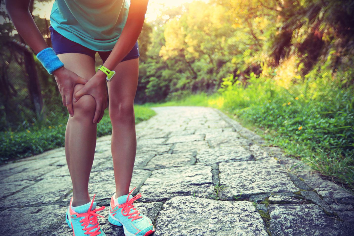 Q&A: What can I do to treat sharp pain in my knee?